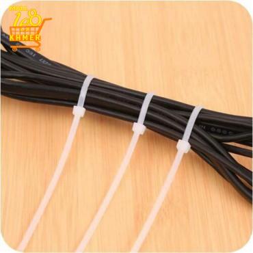 Knotted multi-purpose plastic rope